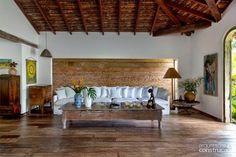 Keltainen talo rannalla: Rustiikkeja koteja ja mattoideoita