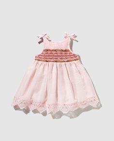 Vestido de niña Bass 10 en rosa con smock