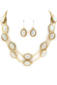 Layered Madison Necklace in Ivory Vitrail
