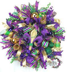 Deco Mesh Mardi Gras Wreath - Fleur de Lis - Fat Tuesday - New Orleans Wreath by www.southerncharmwreaths.com #decomesh #mardigras #fleurdelis