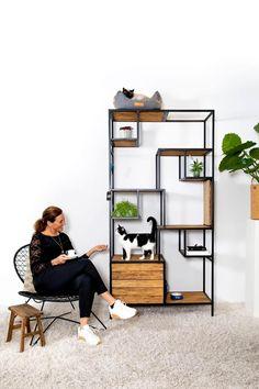 Pet Furniture, Furniture Design, Cat Entertainment, Cat Towers, Cat Shelves, Hamster, Cat Condo, Minimalist Room, Cat Room