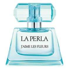 This exquisite women's perfume from the design house of La Perla was introduced to the world in 2008 and has since allowed women experience the incredible freshness by incorporating top notes of violet leaves and apple.