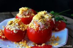 TOMATES RELLENOS DE ATÚN Low Carb Diet, Bruschetta, Recipies, Vegetables, Ethnic Recipes, Food, Tapas, Tuna Stuffed Tomatoes, Appetizers