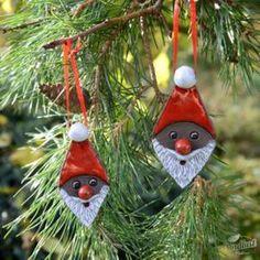 Risultati immagini per töpfern anregungen weihnachten Lego Christmas Tree, Clay Christmas Decorations, Christmas Clay, Christmas Tree Ornaments, Christmas Crafts, Pottery Supplies, Christmas Trends, Theme Noel, Clay Design