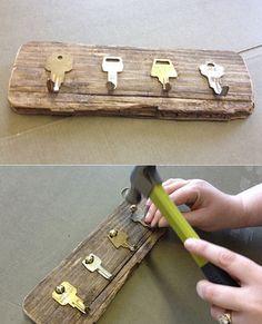 Key Crafts, Diy Home Crafts, Woodworking Projects Diy, Diy Wood Projects, Handmade Home Decor, Diy Home Decor, Ideias Diy, Diy Furniture, Crafty