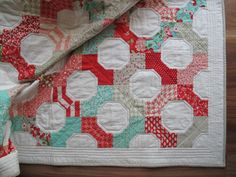 Vintage Modern Bow Tie Quilt (block WITH set in seams)