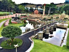 Putra Jaya Miniland made of lego bricks. One of 17 Asias best known landmarks in detailed miniatures created in Legoland Park.  #legoland #legolandmalaysia #legolandminiland #legobricks #lego #malaysia #malaysiatrip #malaysia2016 #johor #johorbahru #johormalaysia #summer #park #themepark #waterpark #vacay2016 #bliss #happiness #miniature #travel #traveller #photography #putrajaya #putrajayamalaysia #trulyasia by tripleace_