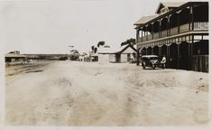 BA318/96/28: Stubbs Street, Lake Grace looking east with the Lake Grace Hotel at right, 1924 (Click to Start Zoom) Lost Hotel, Western Australia, Regional, Country Living, Hotels, Community, History, Street, Life