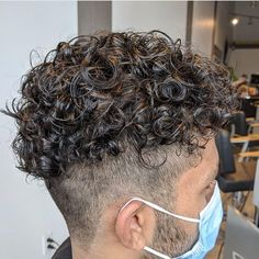 Male Haircuts Curly, Haircuts For Men, Men's Haircuts, Curly Hair Cuts, Curly Hair Styles, Hair Specialist, Undercut Hairstyles, Light Skin, Hair And Beard Styles