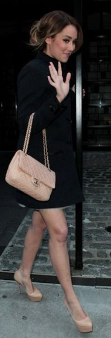 Nude shoes + Nude Chanel.