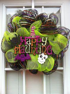 Happy Haunting Halloween Mesh Wreath.