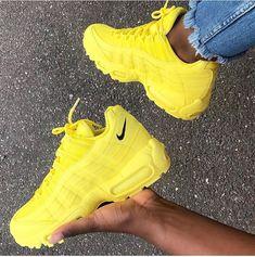 Nike Sneakers for Men & Women Sneaker Outfits, Sneakers Fashion Outfits, Sneaker Heels, Cute Sneakers, Sneakers Mode, Shoes Sneakers, Sneakers Outfit Nike, Jordan Shoes Girls, Girls Shoes