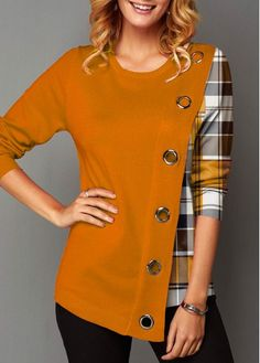 Stylish Tops For Girls, Trendy Tops, Trendy Fashion Tops, Trendy Tops For Women Stylish Dress Designs, Stylish Dresses, Fashion Dresses, Trendy Tops For Women, Blouses For Women, Pakistani Dresses Casual, Modelos Plus Size, Moda Casual, Blouse Styles