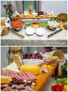 Easy DIY cheese board from fynesdesigns.com