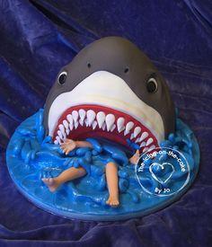 funny cake JJ soek 'n haai koek Fondant Cakes, Cupcake Cakes, Shark Cake, Shark Cupcakes, Shark Shark, Funny Cake, Animal Cakes, Novelty Cakes, Cakes For Boys