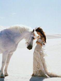 ulovehorses http://media-cache5.pinterest.com/upload/26880928996093357_JDTRdVqi_f.jpg :) love this!
