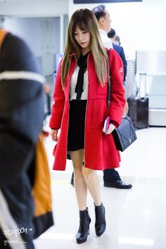 SNSD Tiffany Airport Fashion | Official Korean Fashion
