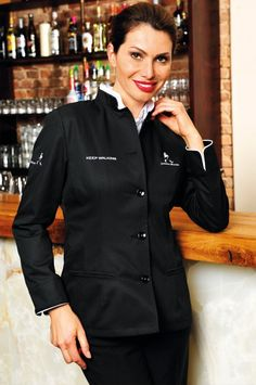 Elegant and shapely waiter's jacket with tucks in contrasting colours on the sleeves, detachable collar in contrasting colour. Darts at the front make for a slim fit. The sleeves can be rolled up for more freedom of movement. Two besom pockets, five detachable buttons with metal rings.