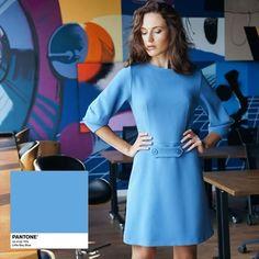 Little Boy Blue - один з трендових відтінків сезону весна-літо 2018, названих інститутом кольору Pantone. Ми передчували це, тому вже зараз ви можете придбати сукню або спідницю ідеального блакитного кольору. #mospantone Pantone, Office Style, Office Fashion, Ultra Violet, Cold Shoulder Dress, Dresses, Vestidos, Office Attire, Office Looks