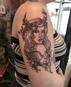 Artemis goddess of the hunt. By Nikki at Needlecraft Worthing UK. - Artemis goddess of the hunt. By Nikki at Needlecraft Worthing UK. God Tattoos, Neue Tattoos, Future Tattoos, Body Art Tattoos, Small Tattoos, Sleeve Tattoos, Taurus Tattoos, Tatouage Artemis, Artemis Tattoo