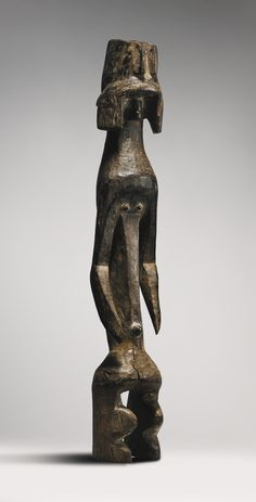 MUMUYE FIGURE, NIGERIA FROM THE COLLECTION OF MAURICIO AND EMILIA LASANSKY, IOWA CITY H. 70 cm AFRICAN, OCEANIC AND PRE-COLUMBIAN ART INCLUDING PROPERTY FROM THE KRUGIER AND LASANSKY COLLECTIONS Sotheby's, New York, 16 May 2014 Sold 15,000 USD