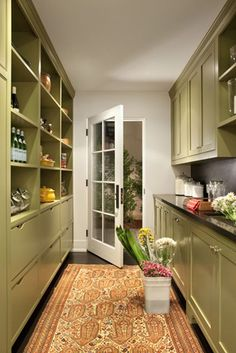 Back hall/pantry/work space. Interior by Betsey Burhnam.