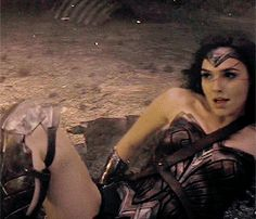 ☈シ wonder woman Gal Gadot gif Supergirl, Gal Gardot, Super Heroine, Gal Gadot Wonder Woman, Woman Movie, Dc Heroes, Her Smile, Celebs, Celebrities