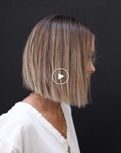 BLUNT Check more at mittellanges haar longbob farbe soft. Medium Bob Hairstyles, Hairstyles With Bangs, Straight Hairstyles, Male Hairstyles, Fancy Hairstyles, Medium Hair Styles, Curly Hair Styles, Hair Upstyles, Curly Hair With Bangs