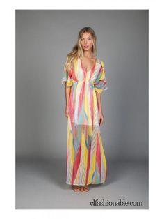 Maxi vestido disponible en http://clfashionable.com/vestidos-online/2688-vestido-multicolor.html