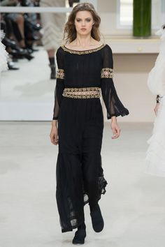 This looks like it could be simplified medieval wear. Chanel Fall 2016 Ready-to-Wear