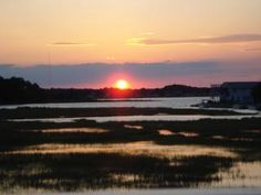 Whether you're enjoying the wildlife preserves or the lovely beach spots in Delaware Shores, make sure you stick around 'til sunset before heading back to your Bethany Beach vacation rental!
