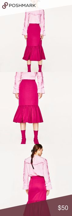 NWT FRILLED MIDI SKIRT No Trades  NWT never worn  Reasonable offers are welcome  Midi skirt with maxi frill detail and gathering on the hem.  Invisible zip fastening on the side. Zara Skirts