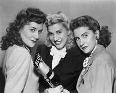 THE ANDREWS SISTERS ~ 1940s fantastic singing group!