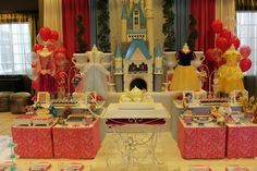 I will probably end up having to do a Princess party for my baby when she turns 3...love these ideas!!!