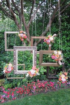 35 Vintage Frames Wedding Decor Ideas is part of Photo booth backdrop wedding Frames can be incorporated into weddings in many different ways They can be used to display engagement phot - Farm Wedding, Rustic Wedding, Dream Wedding, Trendy Wedding, Wedding Simple, Wedding Reception, Wedding Table, Wedding Vintage, Vintage Outdoor Weddings