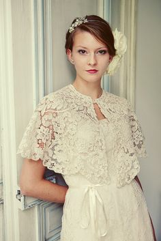 Heavenly Vintage Bride - original Victorian lace cape and vintage wedding dress Modest Wedding Dresses, Dresses Uk, Simple Dresses, Vintage Dresses, Bridesmaid Dresses, Nursing Dress For Wedding, Wedding Bridesmaids, Vintage Clothing, Evening Dresses