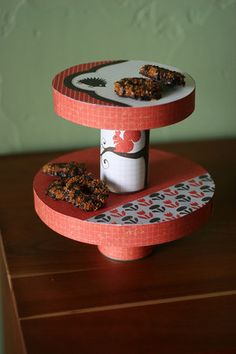 Cute idea for a cake stand!