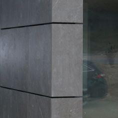 CERASHIELD NEO Fassadenplatten als Wetterschutz für eine Wand in Holzrahmenbauweise.