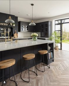 Here at The Shaker Kitchen Company, we embrace traditional design skills combine… – Kitchen World Kitchen Room Design, Modern Kitchen Design, Kitchen Layout, Home Decor Kitchen, Interior Design Kitchen, Home Kitchens, Modern Shaker Kitchen, Open Plan Kitchen Dining Living, Open Plan Kitchen Diner