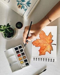 Painting Fall leaves with Winsor & newton watercolors and Winsor & newton watercolor paper aquarelle Winsor And Newton Watercolor, Thomas Sabo, Fall Leaves, Watercolor Paper, Watercolors, Ale, Mood, Painting, Instagram