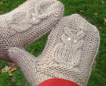 super cute knitted owl mittens. they look like they're super easy to make, too. AND the pattern is FREE #winning