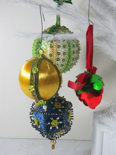Vintage Beaded Ornaments Christmas Tree Set of 4  by LavenderGardenCottag