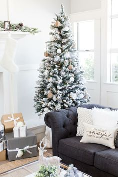 modern farmhouse holiday home tour weihnachten und wohnen. Black Bedroom Furniture Sets. Home Design Ideas