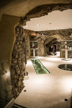 F.B. Aurum store by Leonardo Macheda, Aosta - Italy