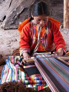 Telar en Pueblo Ecuador