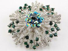 Star Firework Flower Emerald Green Crystal Rhinestone Wreath Holiday Pin Brooch Alilang. $12.99. Save 13%!