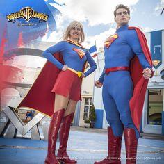 #LigadelaJusticiaPW ¿Qué les une a nuestros dos superhéroes #Supergirl y #Superman? ¡Reúnete con ellos en #Metrópolis!