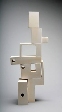 'Mod Man' (2011) by American ceramic artist Andrew Molleur. Modular 2, alternate assembly (see Behance). via the artist's site