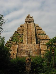 Mayan Temple (Art)