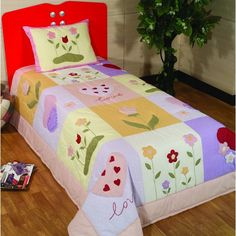 [IMG] Girls Quilts, Baby Quilts, Wine Painting, Cute Quilts, Quilted Bag, Hand Embroidery Designs, Applique Quilts, Pattern Blocks, Bed Covers
